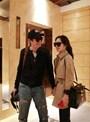 Vợ chồng Han Ga In và Yeon Jung Hoon vẫn tình cảm như thủa mới cưới